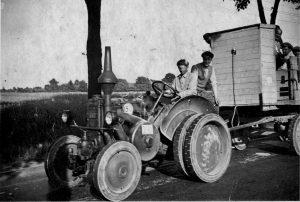 Schon mit Traktor!