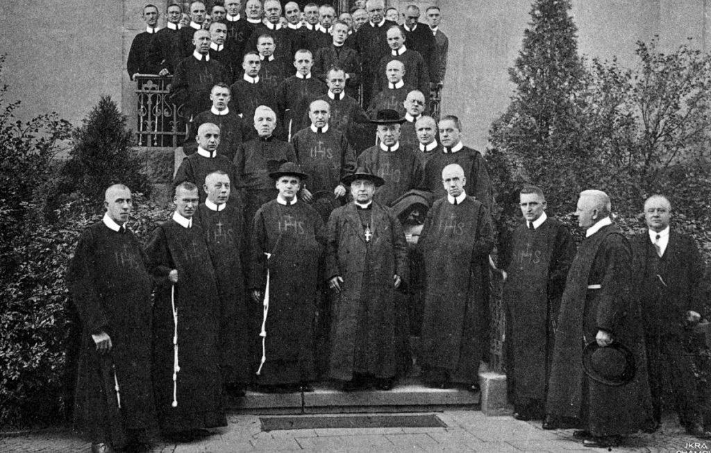 Konvent Hostert mit Kardinal Verde